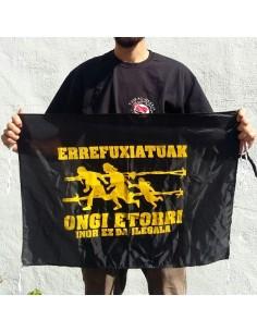Bandera Errefuxiatuak Ongi Etorri inor ez da ilegala