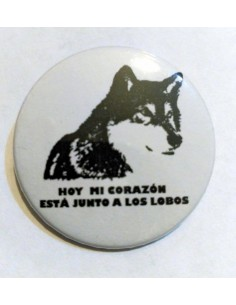 Chapa Mi corazón está junto a los lobos