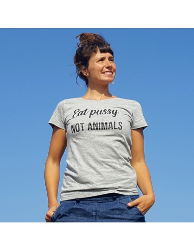 "Camiseta ""Eat pussy, not animals"""