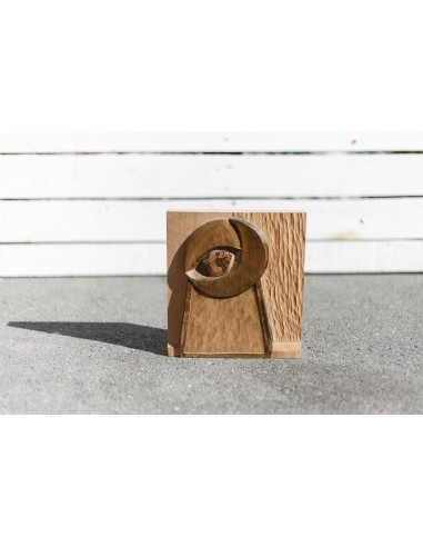 Estela en madera