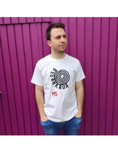 Camiseta M5 Besarkada - Ongi Etorri Errefuxiatuak