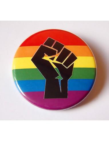 Chapa LGBT + puño