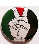 Chapa bandera palestina con los dedos de Vitoria